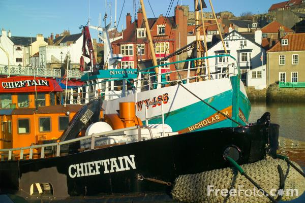 Picture of Fishing Boats, Whitby, North Yorkshire - Free Pictures - FreeFoto.com