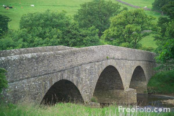 Picture of River Swale - Free Pictures - FreeFoto.com