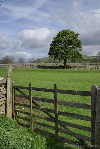 Picture of Farmers Gate, Wharfedale - Free Pictures - FreeFoto.com