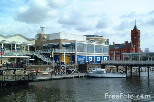 Picture of The Waterfront Shops, Cardiff Bay - Free Pictures - FreeFoto.com