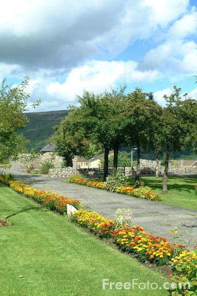 Picture of Aberfan Memorial Garden - Free Pictures - FreeFoto.com