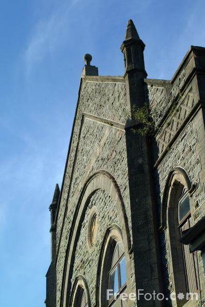 Picture of Welsh Chapel, Trealaw, Rhondda Valley, South Wales - Free Pictures - FreeFoto.com