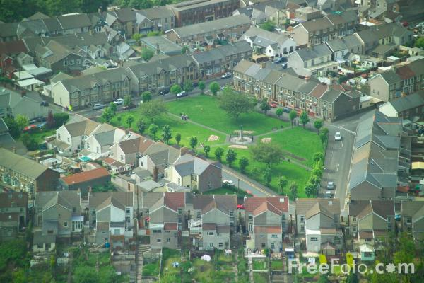 Picture of Cwmcarn Village, Caerphilly, South Wales - Free Pictures - FreeFoto.com