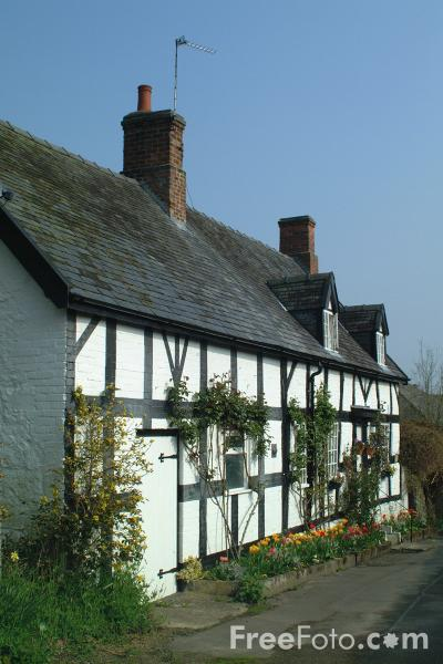 Picture of Cottage, Welshpool, Powys, Wales - Free Pictures - FreeFoto.com