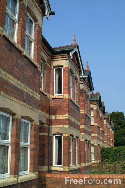 Picture of Terraced Housing, Welshpool, Powys, Wales - Free Pictures - FreeFoto.com