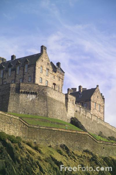 Picture of Edinburgh Castle - Free Pictures - FreeFoto.com