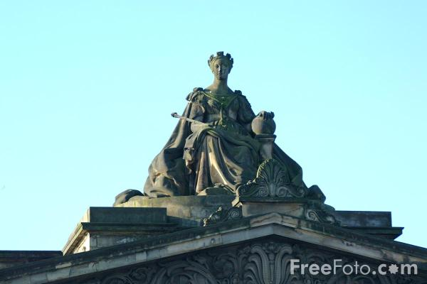 Picture of Royal Scottish Academy, Edinburgh - Free Pictures - FreeFoto.com