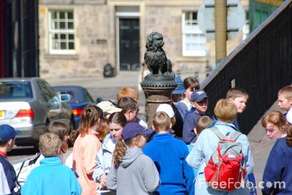 Picture of Greyfriars Bobby, Edinburgh - Free Pictures - FreeFoto.com