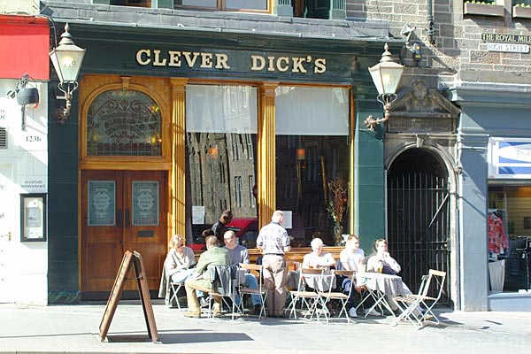 Picture of Clever Dicks, The Royal Mile, Edinburgh - Free Pictures - FreeFoto.com