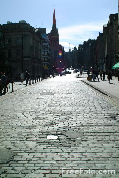 Picture of The Royal Mile, Edinburgh - Free Pictures - FreeFoto.com