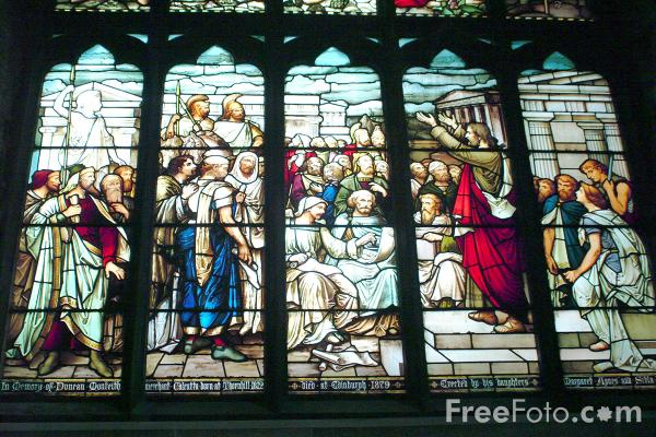 Picture of Stained Glass Window, St. Giles Cathedral, Edinburgh - Free Pictures - FreeFoto.com