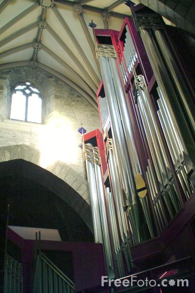 Picture of Rieger Orgelbau built pipe organ in St. Giles Cathedral, Edinburgh - Free Pictures - FreeFoto.com