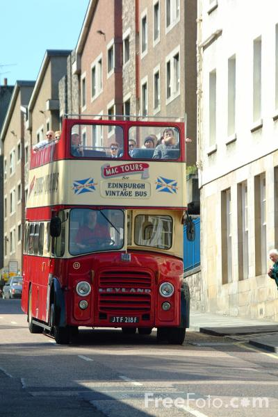 Picture of Mac Tours Tourist Bus, Edinburgh - Free Pictures - FreeFoto.com