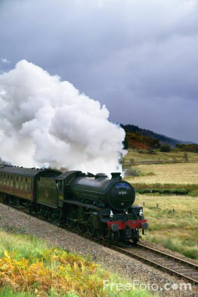 Picture of Jacobite Steam Train - Free Pictures - FreeFoto.com
