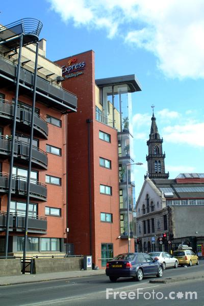 Picture of Holiday Inn Express, Stockwell Street, Glasgow - Free Pictures - FreeFoto.com
