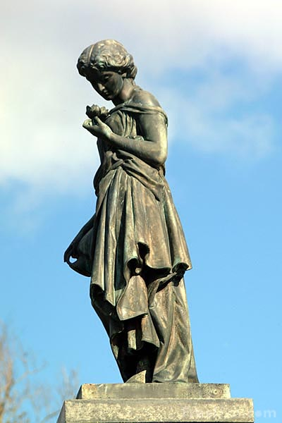 Picture of The Temperance Cause, Statue, Glasgow - Free Pictures - FreeFoto.com