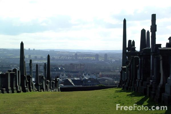 Picture of Glasgow Necropolis - Free Pictures - FreeFoto.com