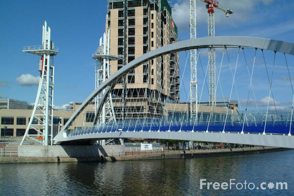 Picture of Bridge, Salford Quays, Manchester - Free Pictures - FreeFoto.com