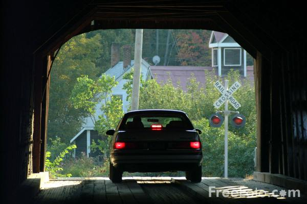 Picture of Covered Bridge - Free Pictures - FreeFoto.com