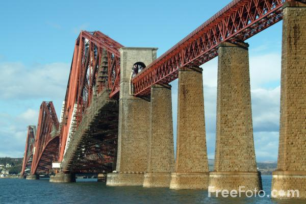 Picture of Forth Railway Bridge - Free Pictures - FreeFoto.com