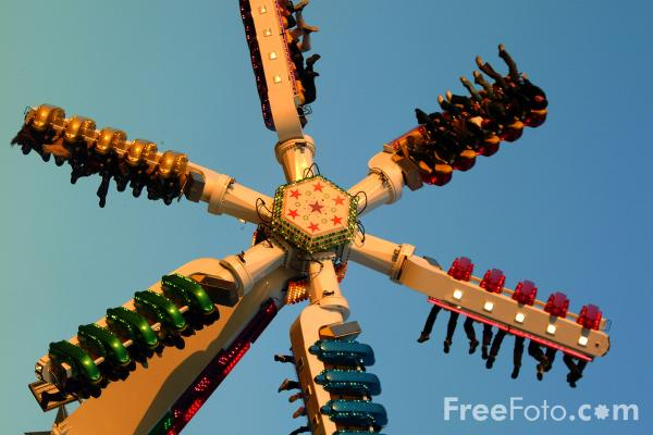 Picture of The Hoppings Fun Fair, Newcastle upon Tyne - Free Pictures - FreeFoto.com