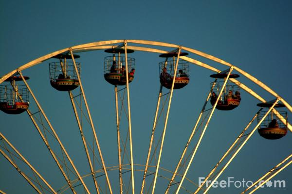 Picture of Big Wheel, The Hoppings, Newcastle upon Tyne - Free Pictures - FreeFoto.com