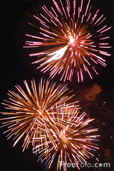 Picture of Fireworks - Free Pictures - FreeFoto.com