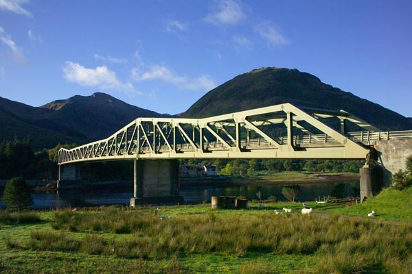 Picture of Ballachulish Bridge - Free Pictures - FreeFoto.com