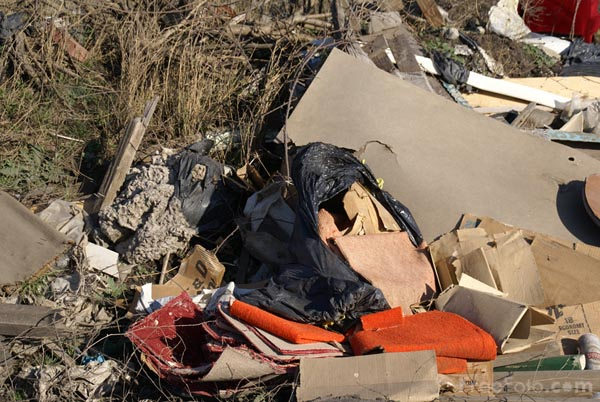 Picture of Fly Tipping - Free Pictures - FreeFoto.com