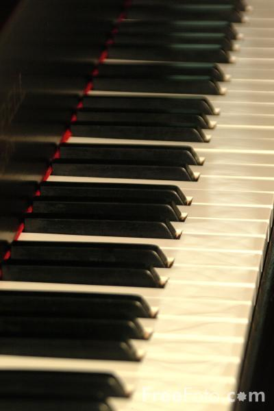 Picture of Grand Piano - Free Pictures - FreeFoto.com