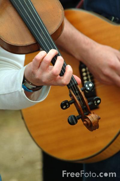 Picture of Fiddle - Free Pictures - FreeFoto.com