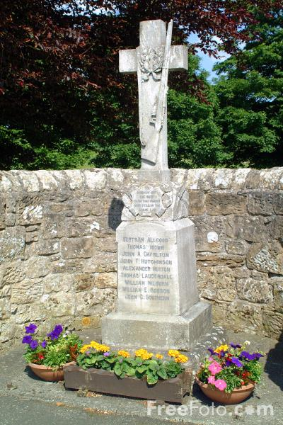 Picture of War Memorial, Birtley, Northumberland - Free Pictures - FreeFoto.com