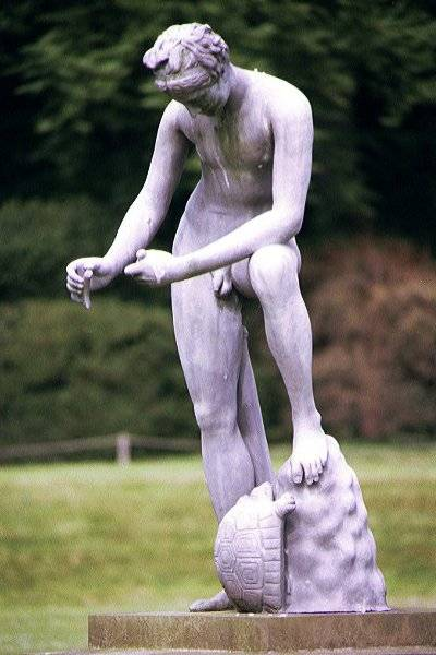 Picture of Sculpture, Fountains Abbey - Free Pictures - FreeFoto.com