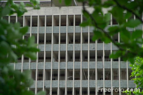 Picture of Derelict Building - Free Pictures - FreeFoto.com