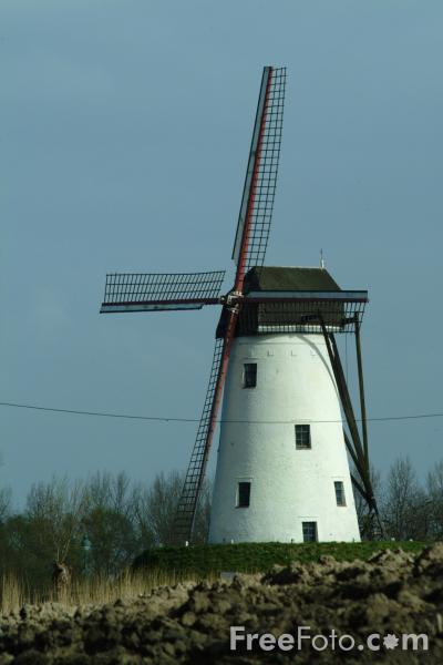 Picture of Windmill, Damme, Belgium - Free Pictures - FreeFoto.com