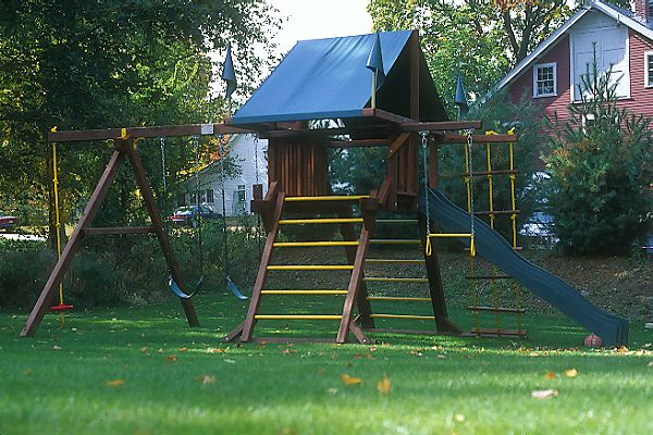 Picture of Childrens Playground - Free Pictures - FreeFoto.com