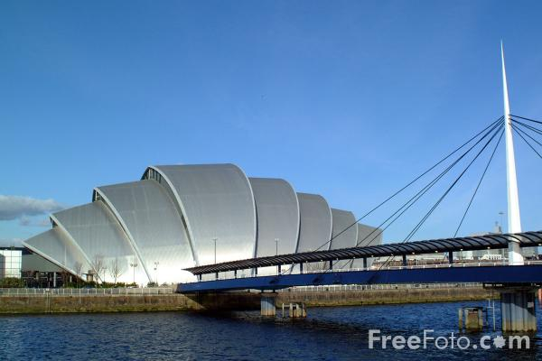 Picture of Footbridge, River Clyde, Glasgow - Free Pictures - FreeFoto.com