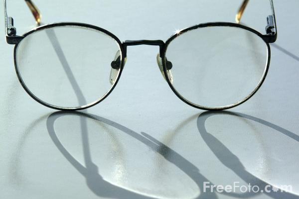 Picture of Glasses / Spectacles - Free Pictures - FreeFoto.com