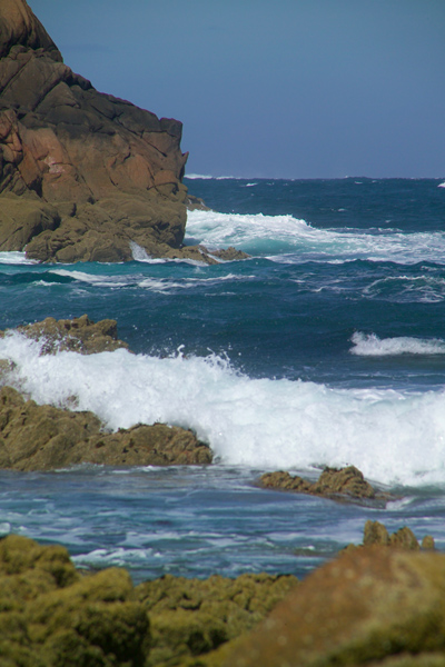 Picture of Waves, Point Corbiere, Jersey, The Channel Islands - Free Pictures - FreeFoto.com