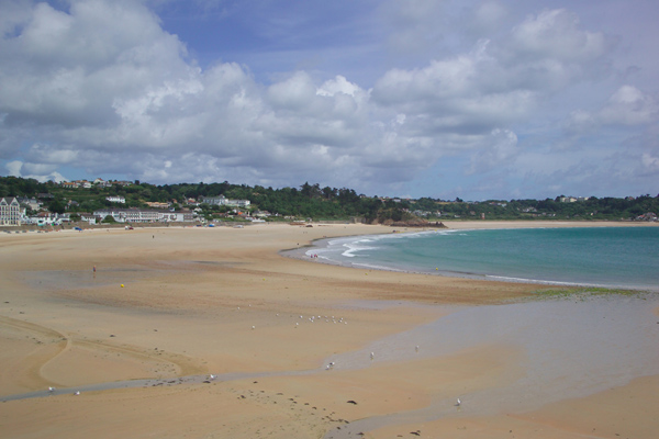 Picture of St Brelade's Bay, Jersey, The Channel Islands - Free Pictures - FreeFoto.com