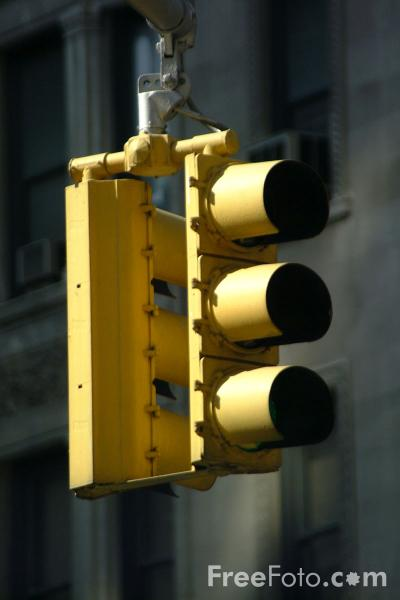 Picture of Traffic Light, Midtown, New York City - Free Pictures - FreeFoto.com