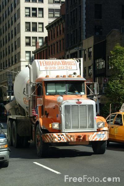 Picture of Cement Lorry, New York City - Free Pictures - FreeFoto.com