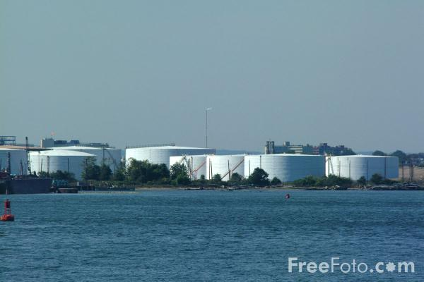 Picture of Oil storage facilities, The Narrows - New York City - Free Pictures - FreeFoto.com