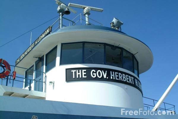 Picture of The Gov. Herbert H Lehman - Staten Island Ferry - New York City - Free Pictures - FreeFoto.com