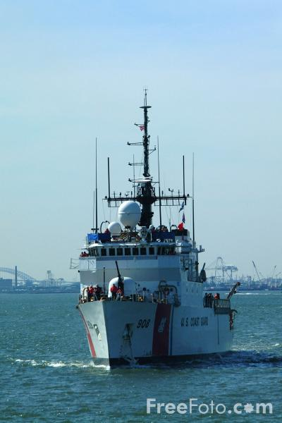 Picture of US Coast Guard Vessel, The Narrows, New York City - Free Pictures - FreeFoto.com