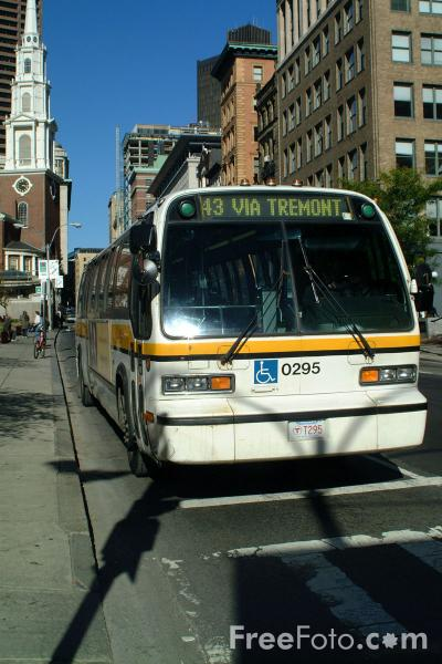 Picture of Massachusetts Bay Transportation Authority Bus Service, Boston, Massachusetts - Free Pictures - FreeFoto.com