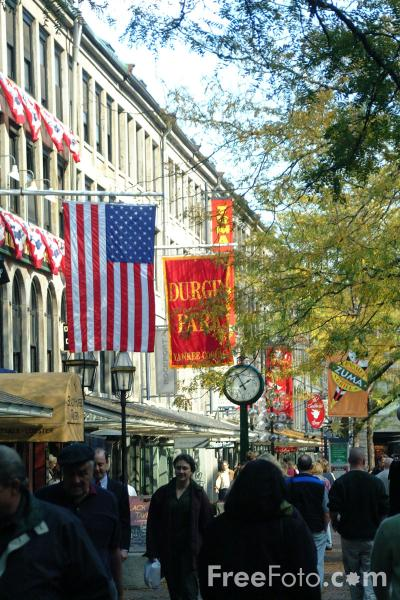 Picture of Faneuil Hall Marketplace , Boston, Massachusetts - Free Pictures - FreeFoto.com