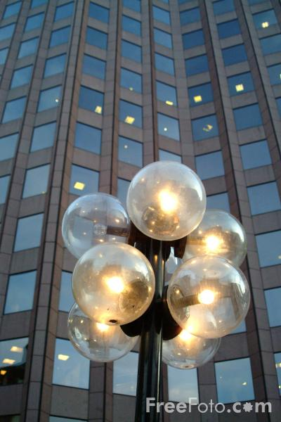 Picture of Street Lights, Faneuil Hall, Boston, Massachusetts - Free Pictures - FreeFoto.com
