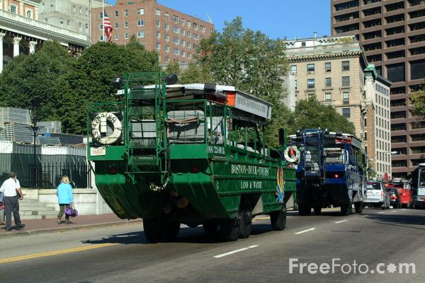 Picture of Boston Duck Tours land / water vehicle, Boston, Massachusetts - Free Pictures - FreeFoto.com