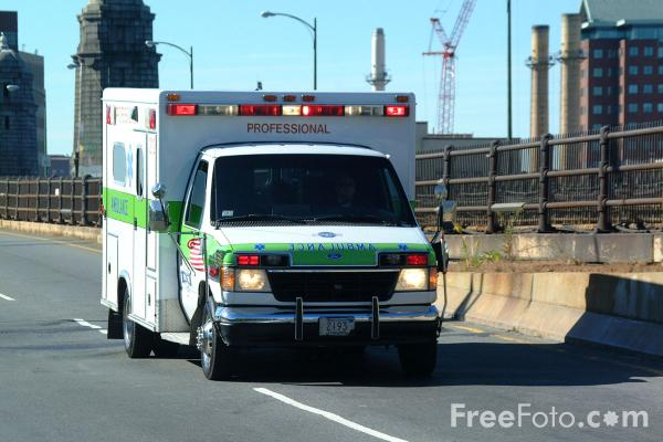 Picture of Ambulance, Boston, Massachusetts - Free Pictures - FreeFoto.com